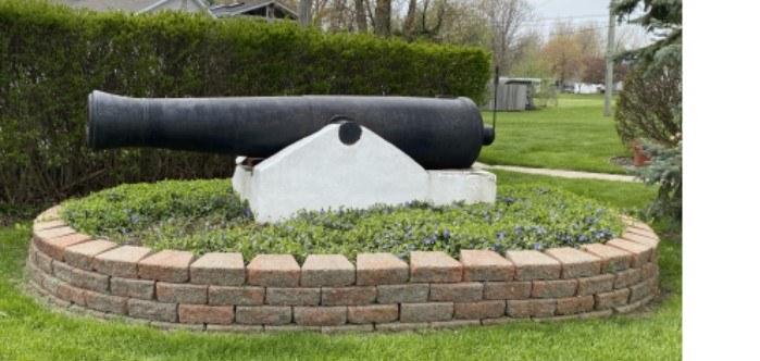cannon2.jpg